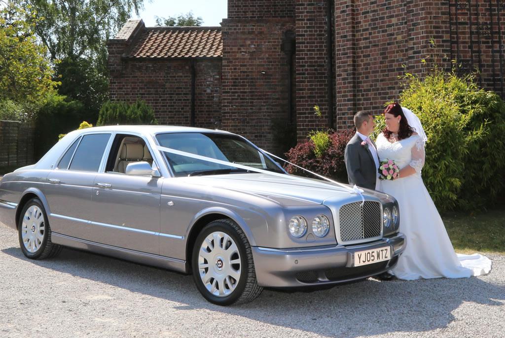 Bentley arnage wedding cars willowgrove wedding cars for Occasions garage ligot arnage